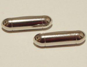 Sidabrinės metalinės sagos